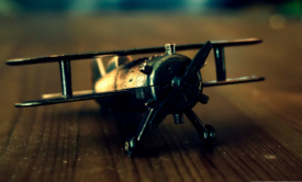 Old_Airplane_Toy